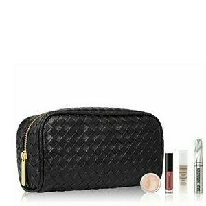 🆕️bareMinerals Cosmetic Bundle Bag